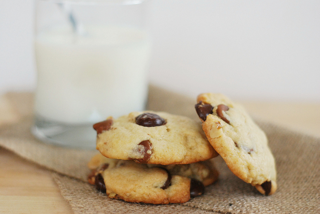 Levain Bakery Chocolate Chip Cookies (by fakeginger)