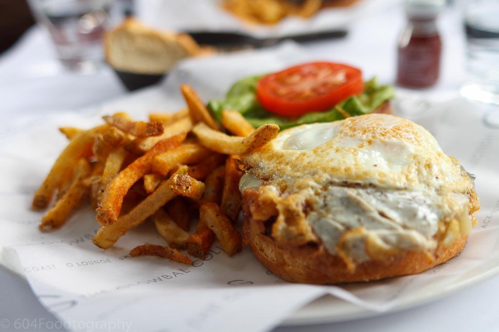 Glowbal Grill Burger