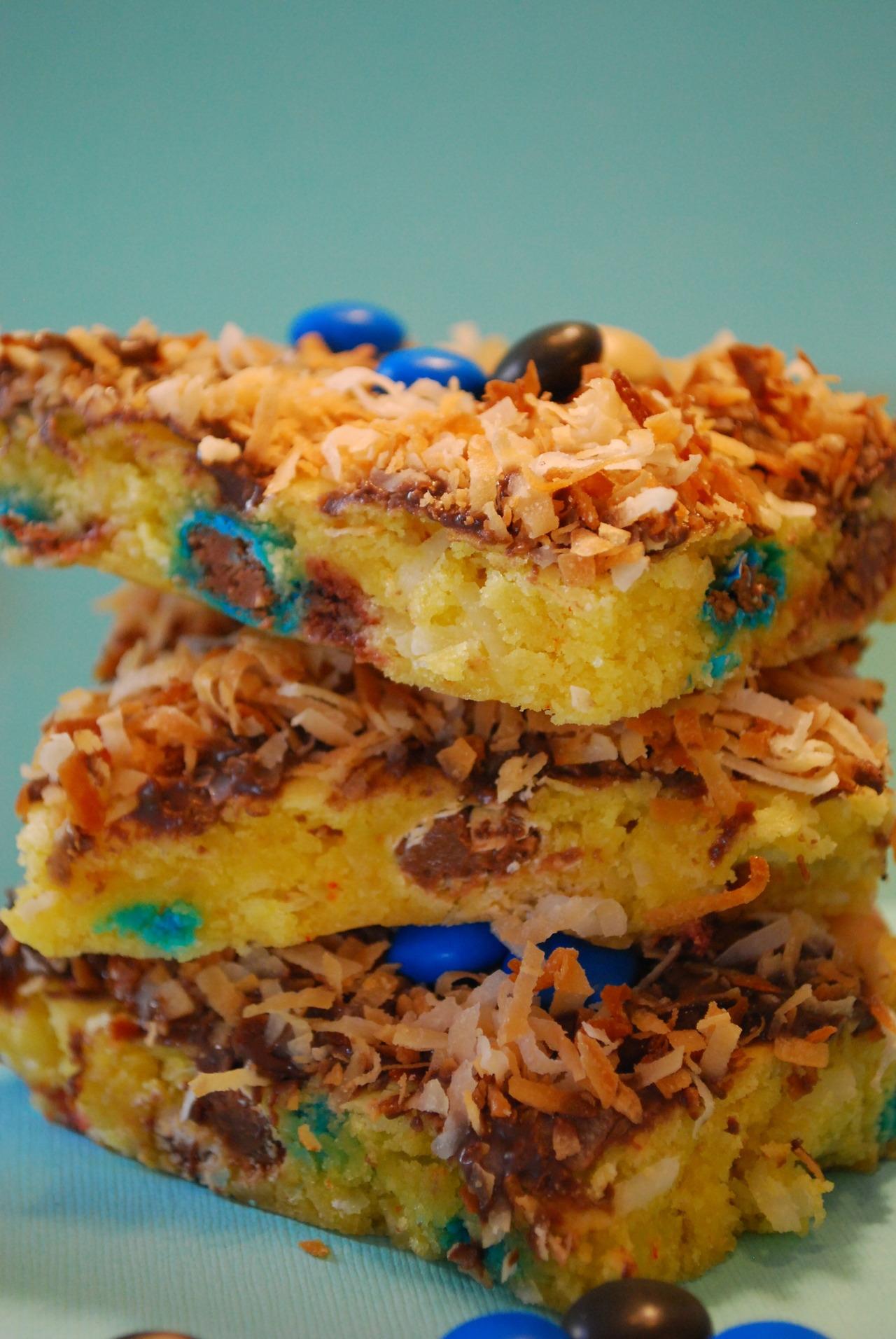 Recipe: Almond Joy Blondie Bars