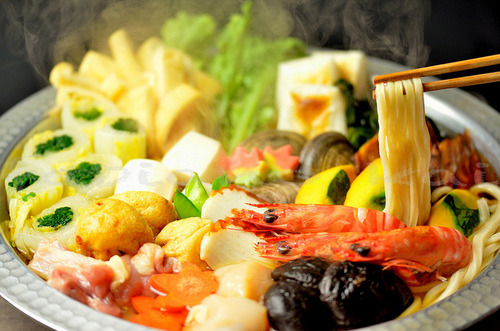 japanese warm food by Fabiano Kai on Flickr. http