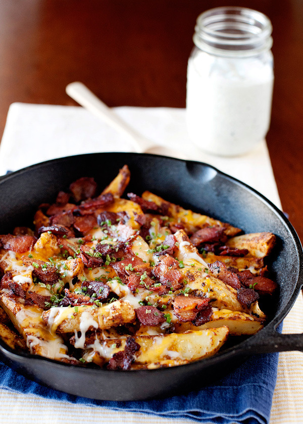 Recipe: Baked Chili Cheese Fries with Bacon & Ranch