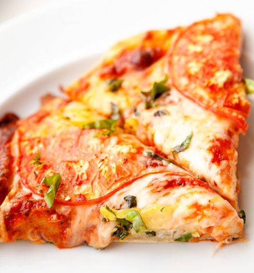 heirloom tomato pizza.