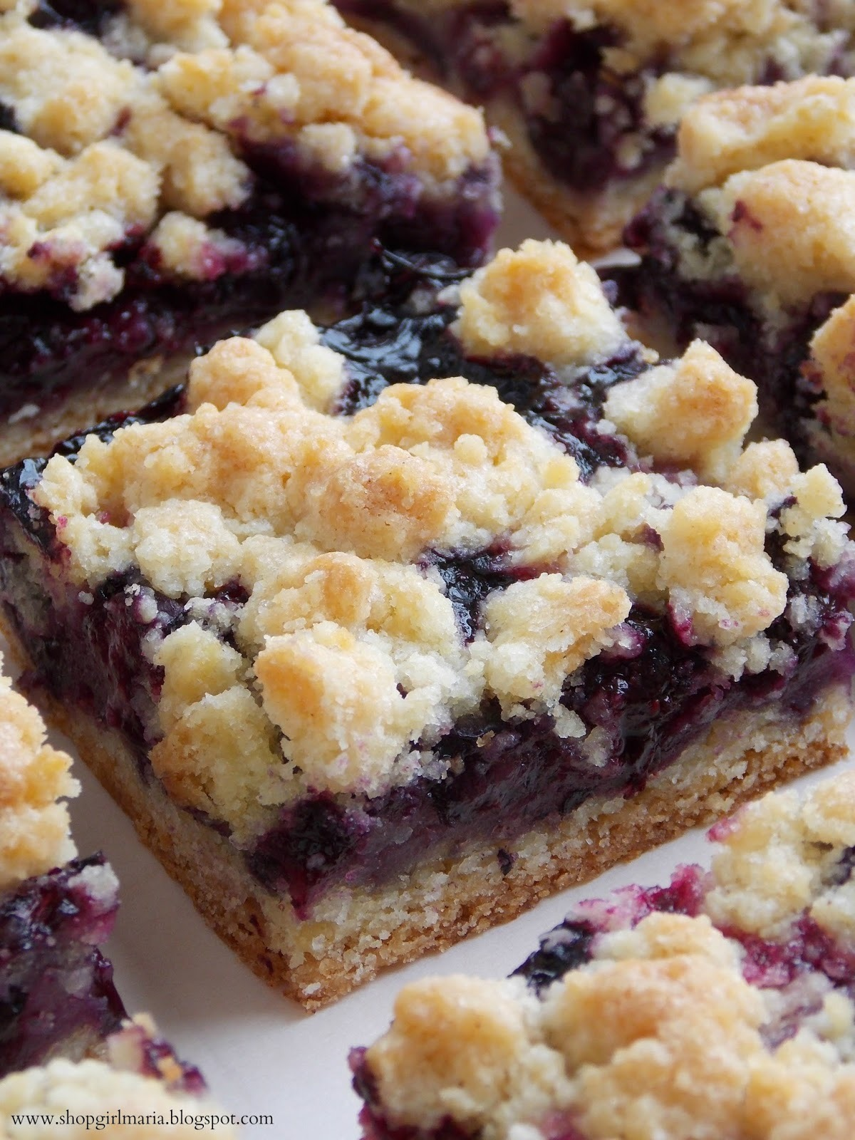 Recipe: Blueberry Crumb Bars