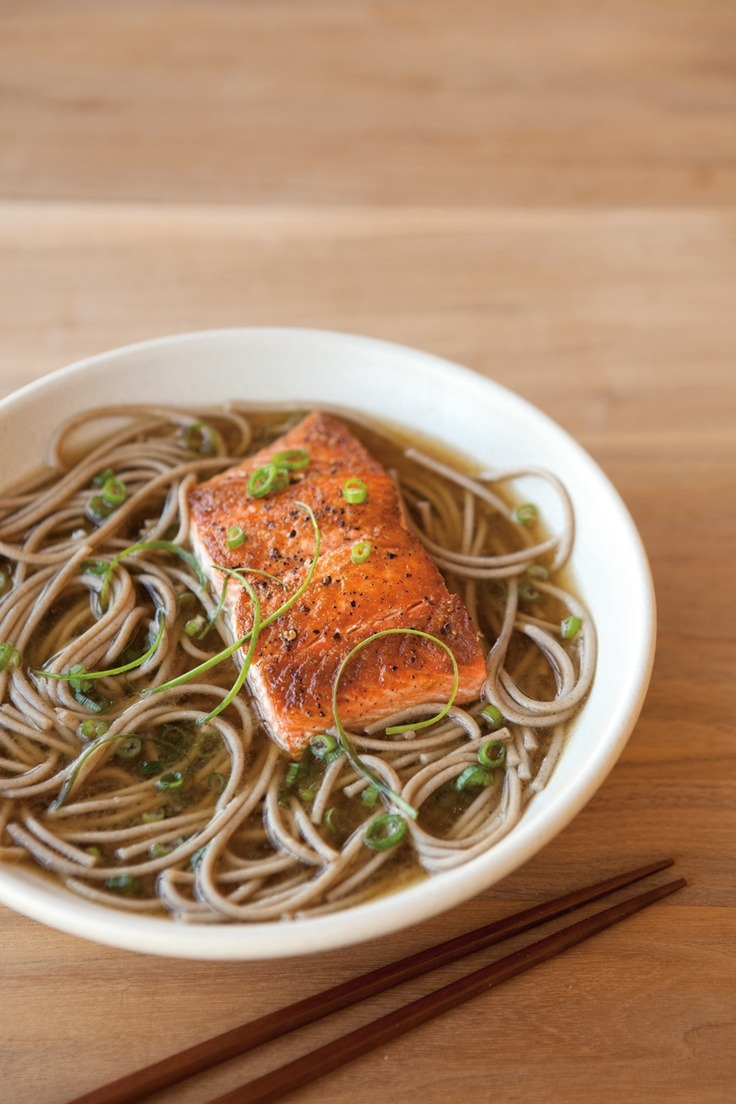 30 slammin' salmon recipes to keep you fit.