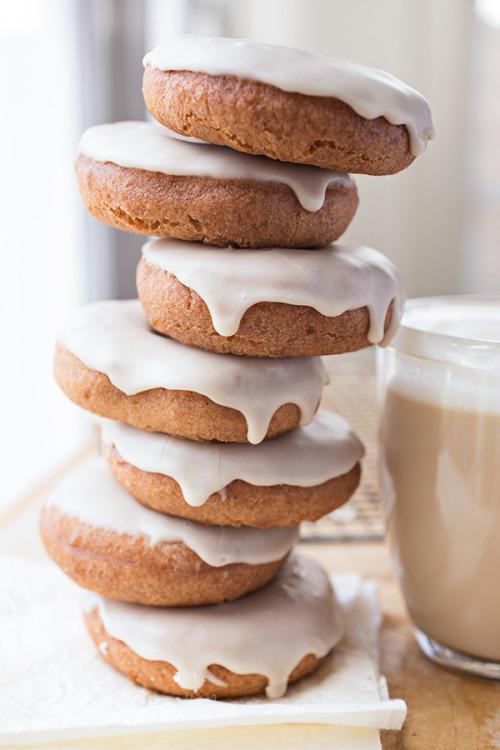 Vanilla Chai Tea Latte Doughnuts The Cozy Apron