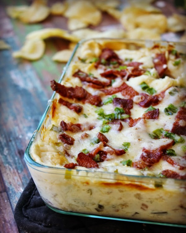Cheesy Pineapple Dip with Bacon